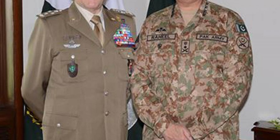 Rawalpindi: 20th April - COAS General Raheel Sharif in a group photo with General Claudio  GRAZIANO, Chief of Defence General Staff, Italian Armed Forces who called on him at GHQ  on Wednesday. - DNA Photo