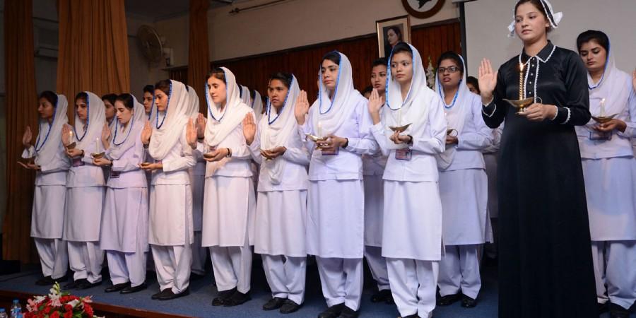 Amazing Approx 62 651 Nurses Working In Pakistan Dna News Agency Download Free Architecture Designs Meptaeticmadebymaigaardcom