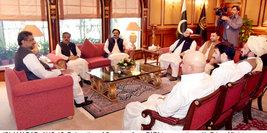 ISLAMABAD, AUG 15: Delegation of Senators from FATA in a meeting with Prime Minister Shahid Khaqan Abbasi at PM Office.=DNA PHOTO