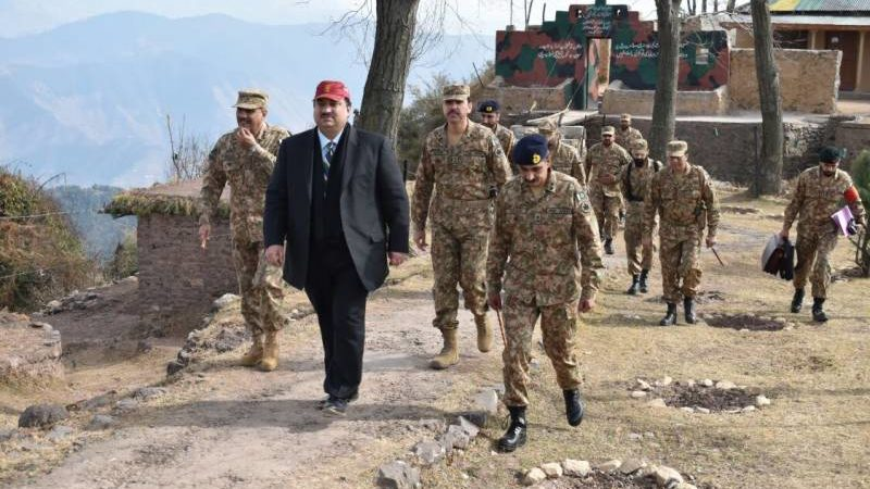 Pakistan Defence Minister asks military to give befitting