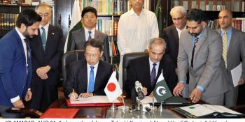ISLAMABAD, AUG 31: Ambassador of Japan, Takashi Kurai and Ahmad Hanif Orakzai, Additional Secretary for Economic Affairs Division, exchanging documents after signing MoU, on Friday.=DNA PHOTO