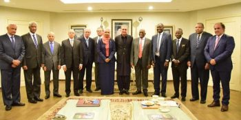 ISLAMABAD ,NOV 14: Ambassadors and High Commissioners of African countries in a  group photo with Foreign Minister Shah Mahmood Qureshi. DNA PHOTO