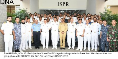 RAWALPINDI, NOV 16: Participants of Naval Staff College including student officers from friendly countries in a group photo with DG ISPR. Maj Gen Asif, on Friday.=DNA PHOTO