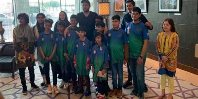PSL 4: Shahid Afridi meets cancer patients in Dubai