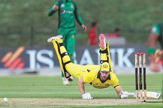 Australia Sets 328-run Target For Pakistan In 5th ODI