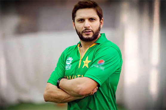 Pakistan need to fight hard with ball, says Afridi