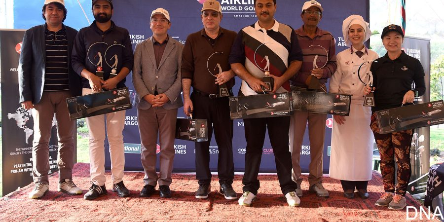 ISLAMABAD, MAR 18: Winners of Turkish Airlines Golf Championship posing for a picture with Ambassador of Turkey Ihsan Mustafah Yurdakul and GM Turkism Airlines .=DNA PHOTO