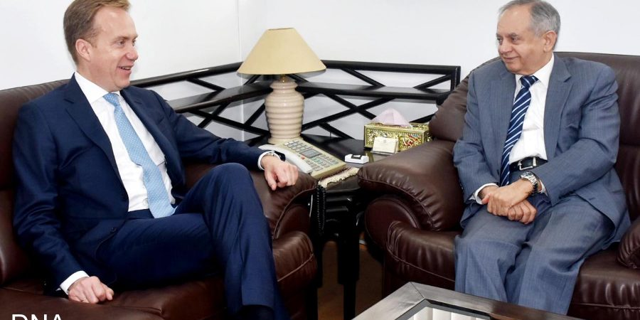 ISLAMABAD, JUL 11: Abdul Razak Dawood, Advisor To Pm On Commerce, Textile, Industry & Production And Investment In A Meeting With President, World Economic Forum (WEF). DNA