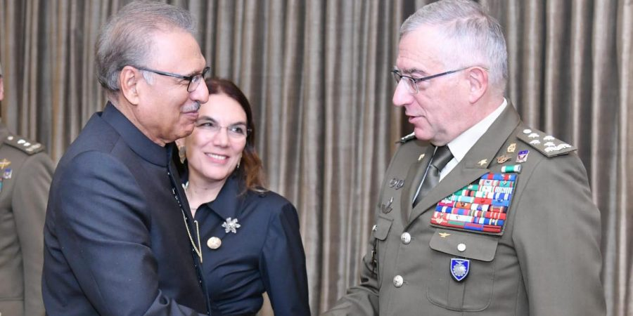 ISLAMABAD, NOV 7:  President Dr. Arif Alvi, recieves Chairman, European  Union Military Committee, General Claudio Graziano, DNA
