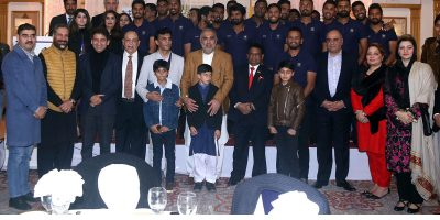 ISLAMABAD, DEC 15: Members of Sri Lanka cricket team in a group photo with Speaker National Assembly Asad Qaisar during a dinner hosted by High Commissioner of Sri Lanka Noorden Shaheid on Sunday. DNA PHOTO
